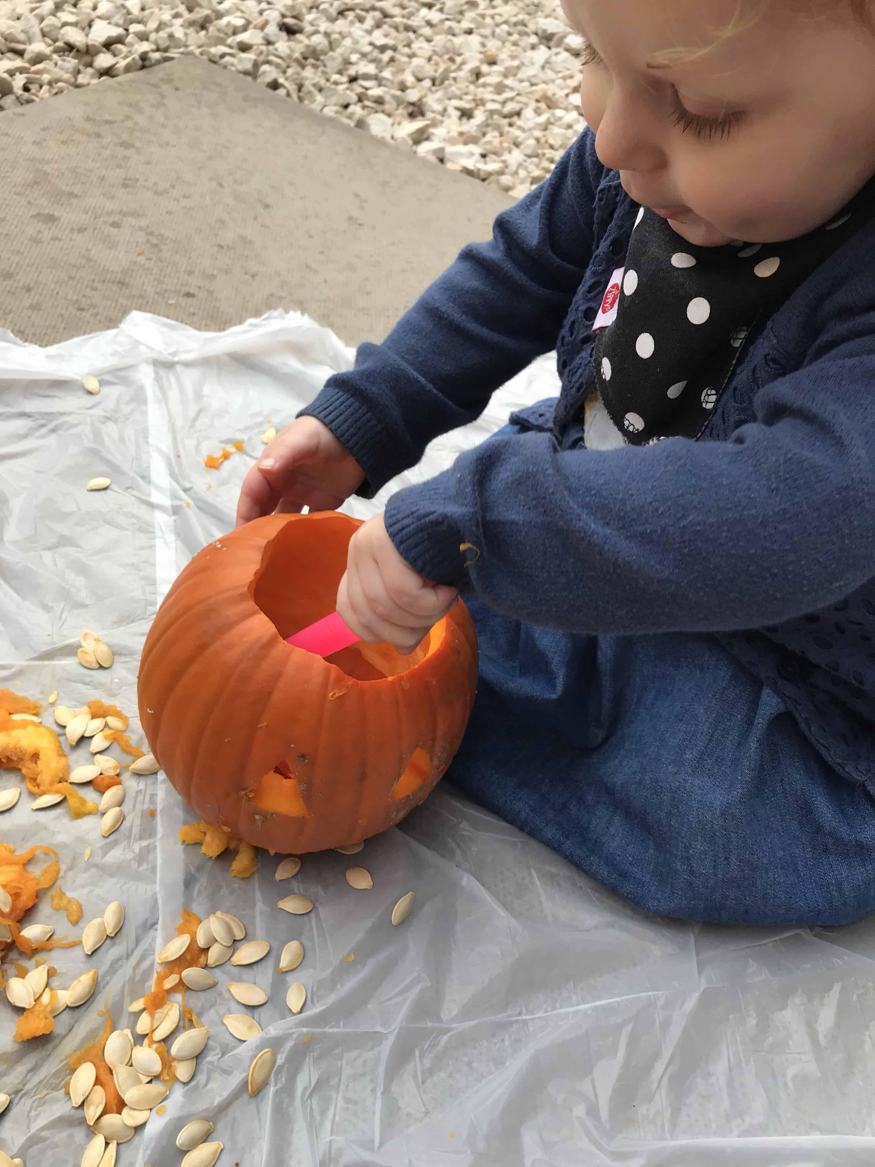 Using glow sticks in pumpkins
