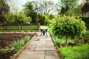 Could sharing a garden work for you ?