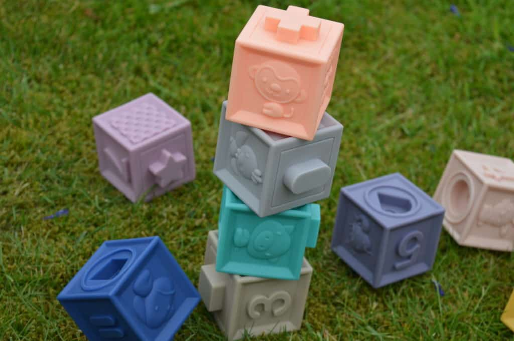 Baby to love soft learning bricks