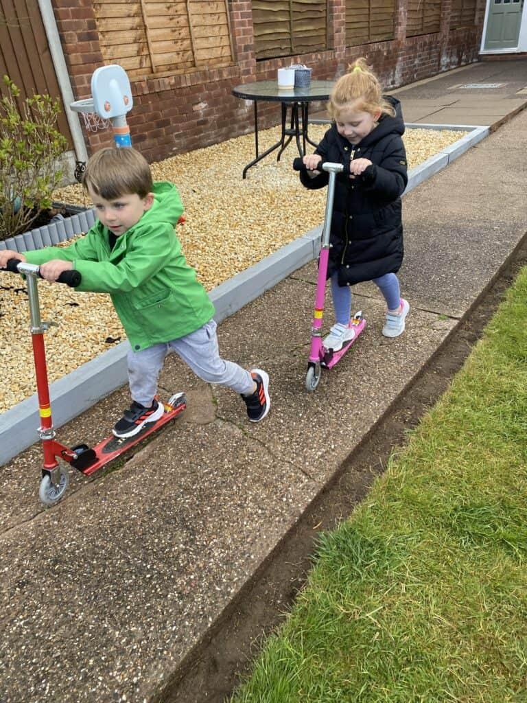 JD bug junior kids scooter