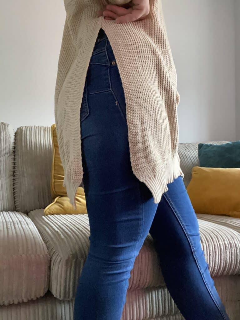 Knit jumpers side split